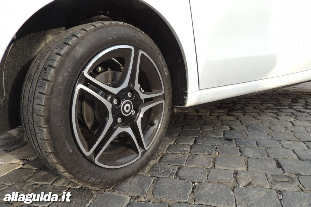 angolo sterzata Smart ForFour 2014