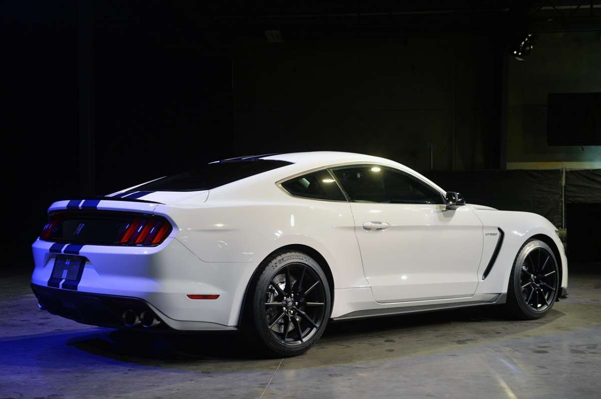 Mustang Shelby GT350, Salone Los Angeles 2014 (4)