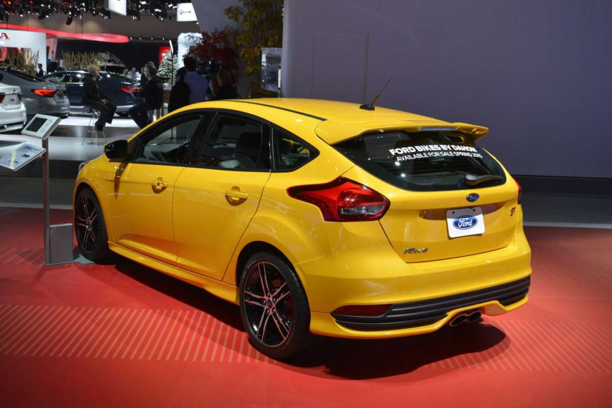 Ford Focus ST, Salone Los Angeles 2014 (2)