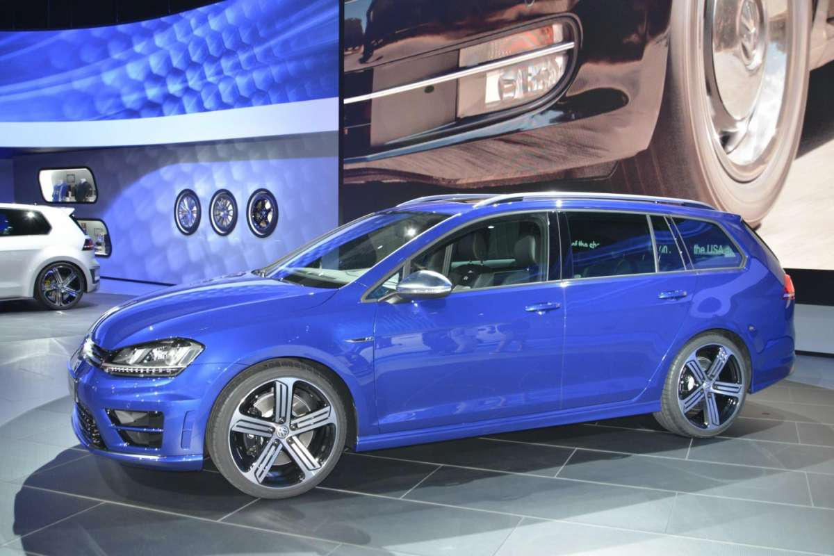 Volkswagen Golf R Variant, Salone di Los Angeles 2014 (2)