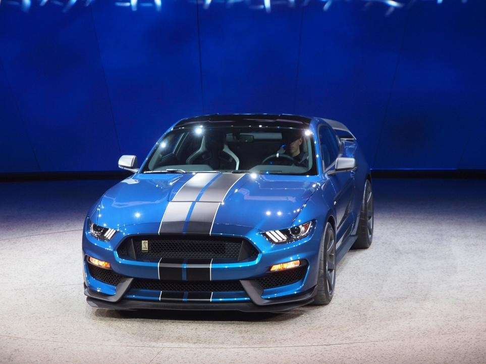 Ford Mustang Shelby GT350, salone Detroit 2015 (1)