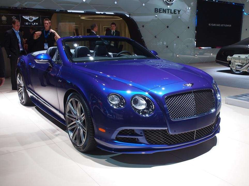 Bentley al salone di Detroit 2015 (1)