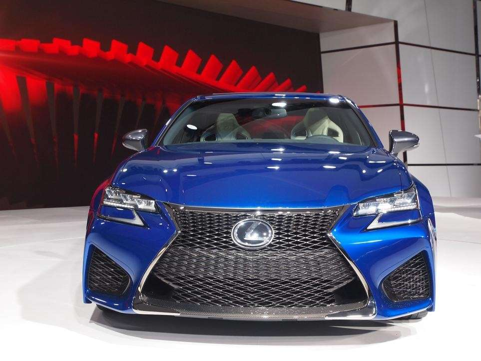 Lexus GS F, salone Detroit 2015 (1)
