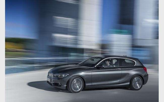 Bmw Serie 1, nuovo look.