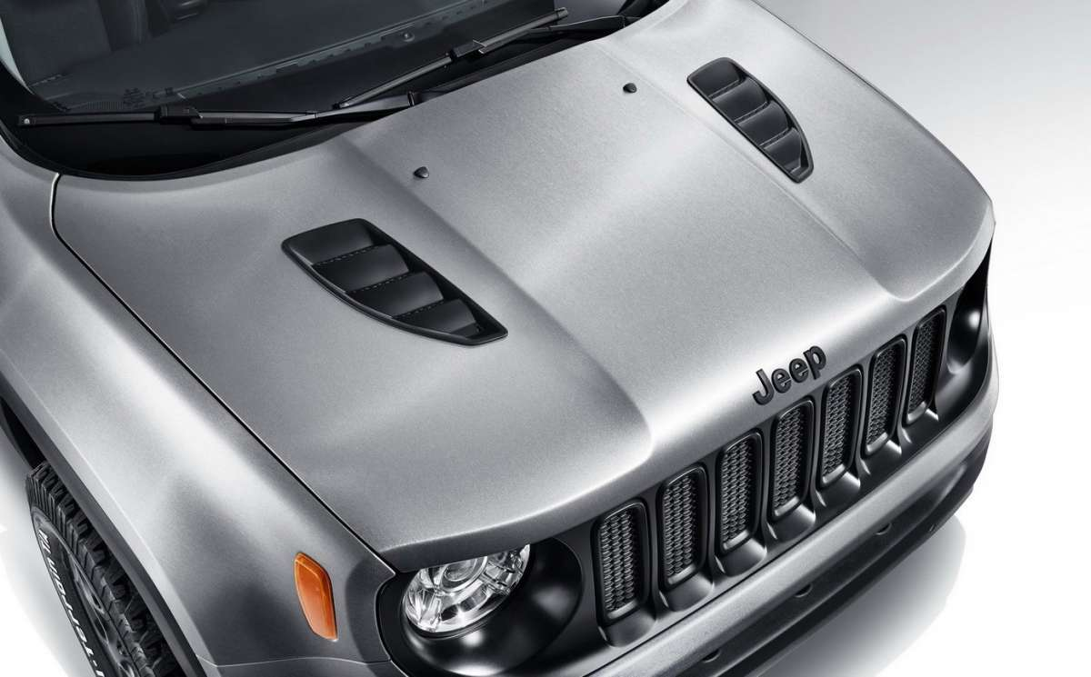 Jeep Renegade Hard Steel cofano