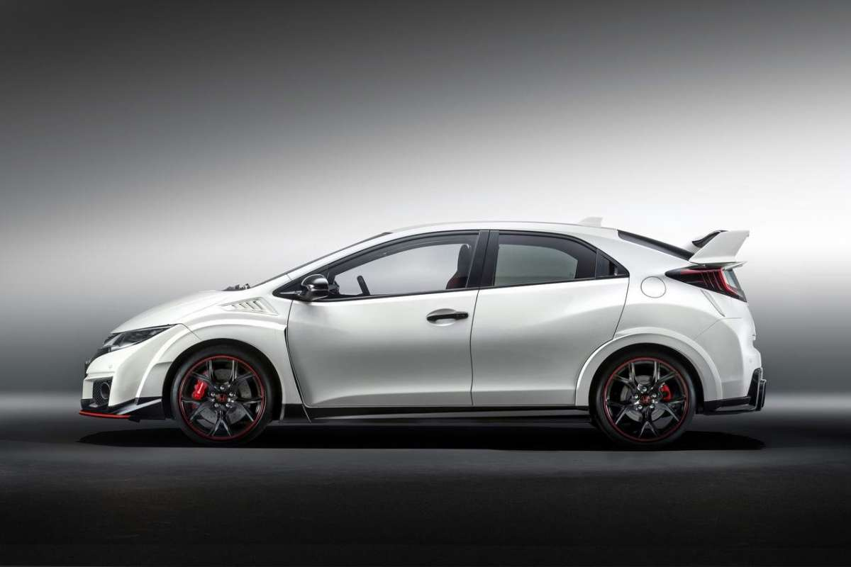 Dimensioni Honda Civic Type-R turbo 2015