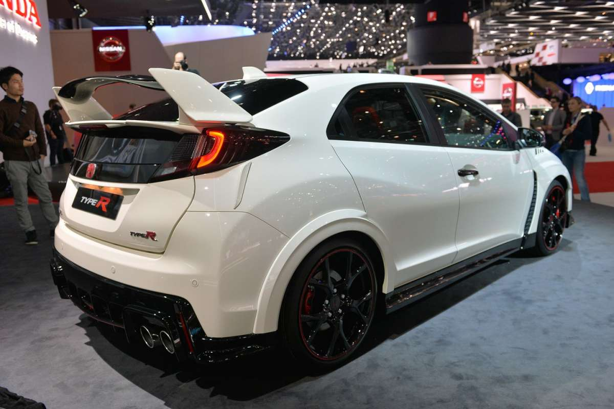 Honda Civic Type-R 2015 posteriore