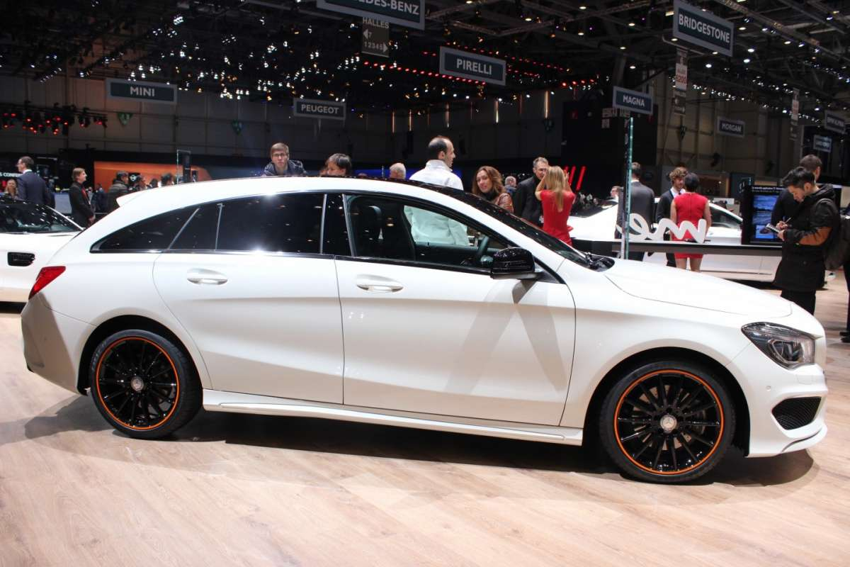 Mercedes CLA Shooting Brake bianca