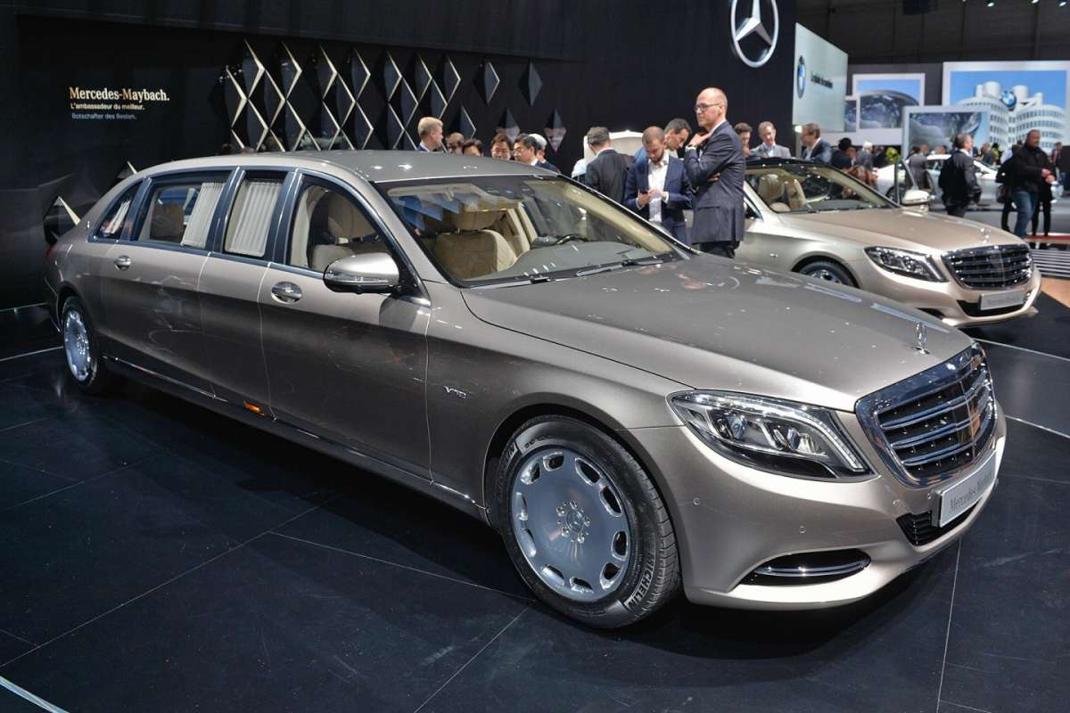 Mercedes S600 Pullman Maybach muso