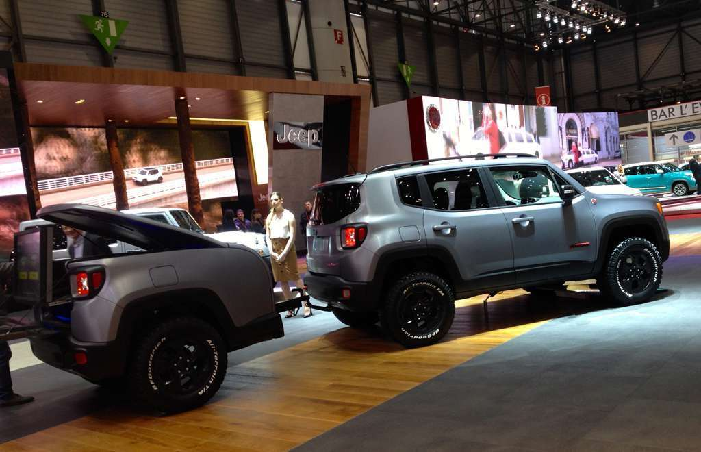 fiancata Jeep Renegade Hard Steel Ginevra 2015