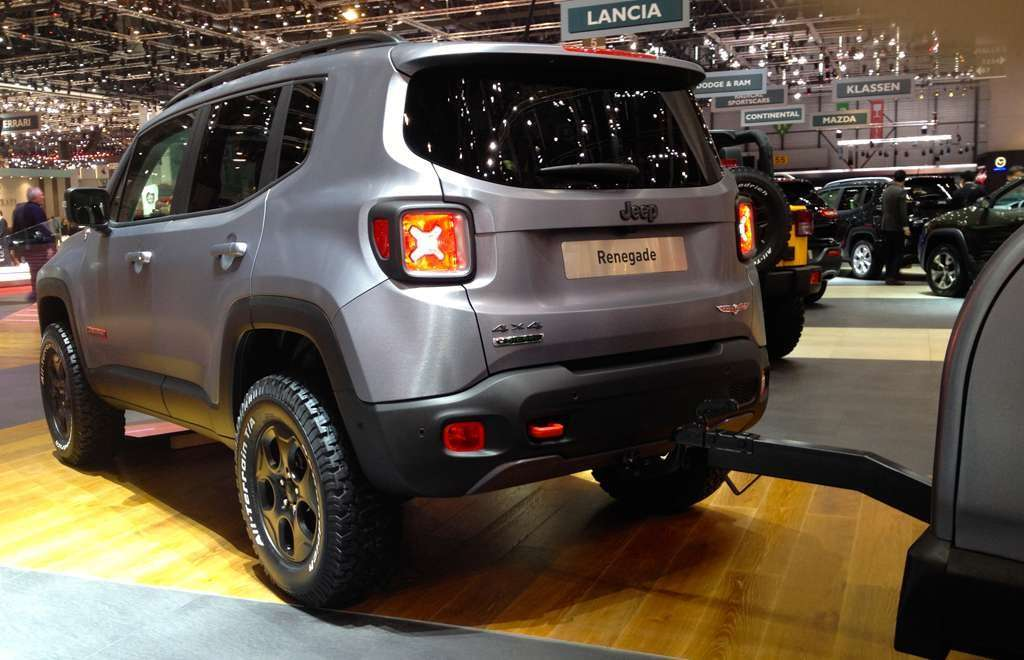 Jeep Renegade Hard Steel posteriore Ginevra