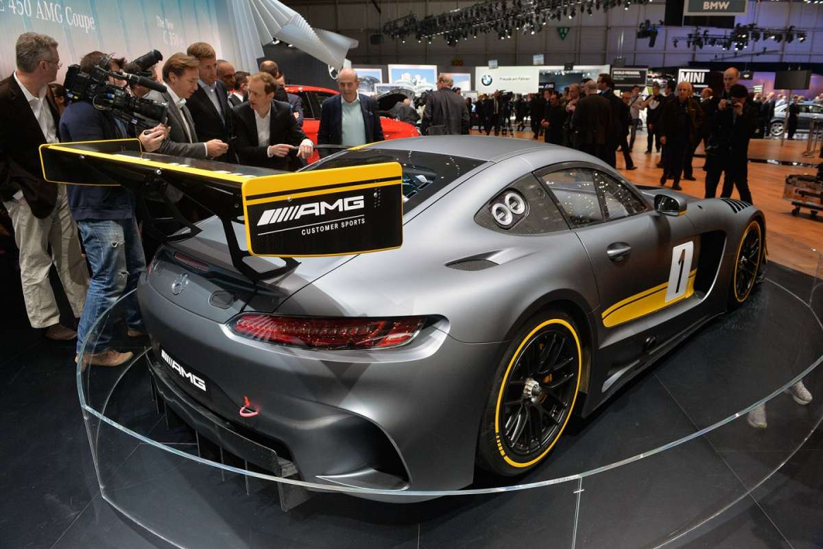 Mercedes Amg GT3 posteriore