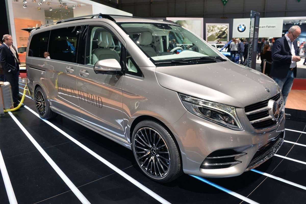 Mercedes-Benz V-Class plug-in hybrid V-ision-e