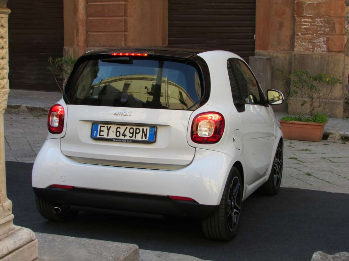 Posteriore Smart ForTwo Twinamic bianca