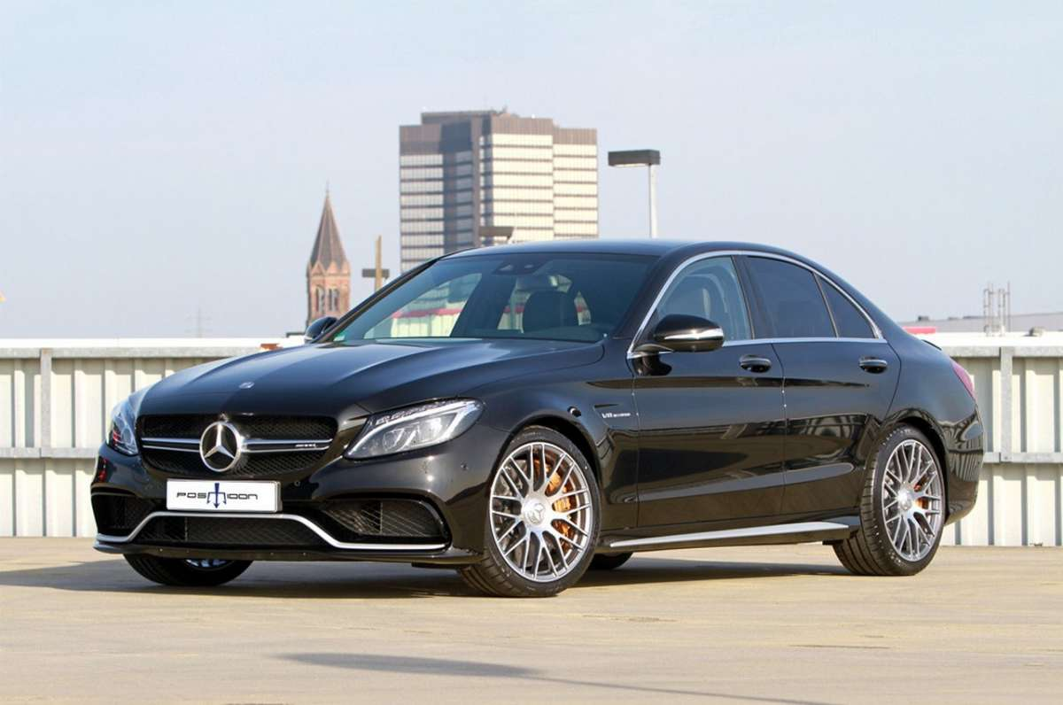 Mercedes C63 AMG by Posaidon 3-4 anteriore