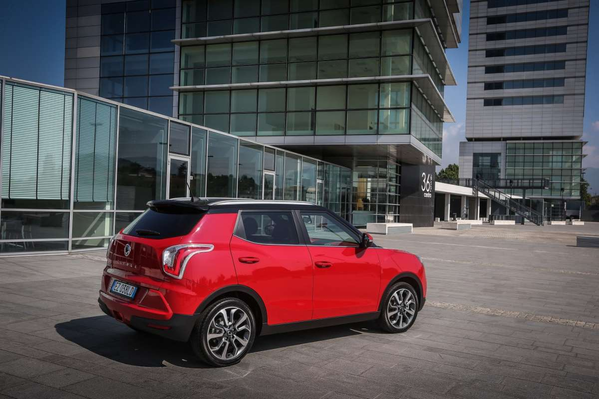 Linea del crossover Ssangyong