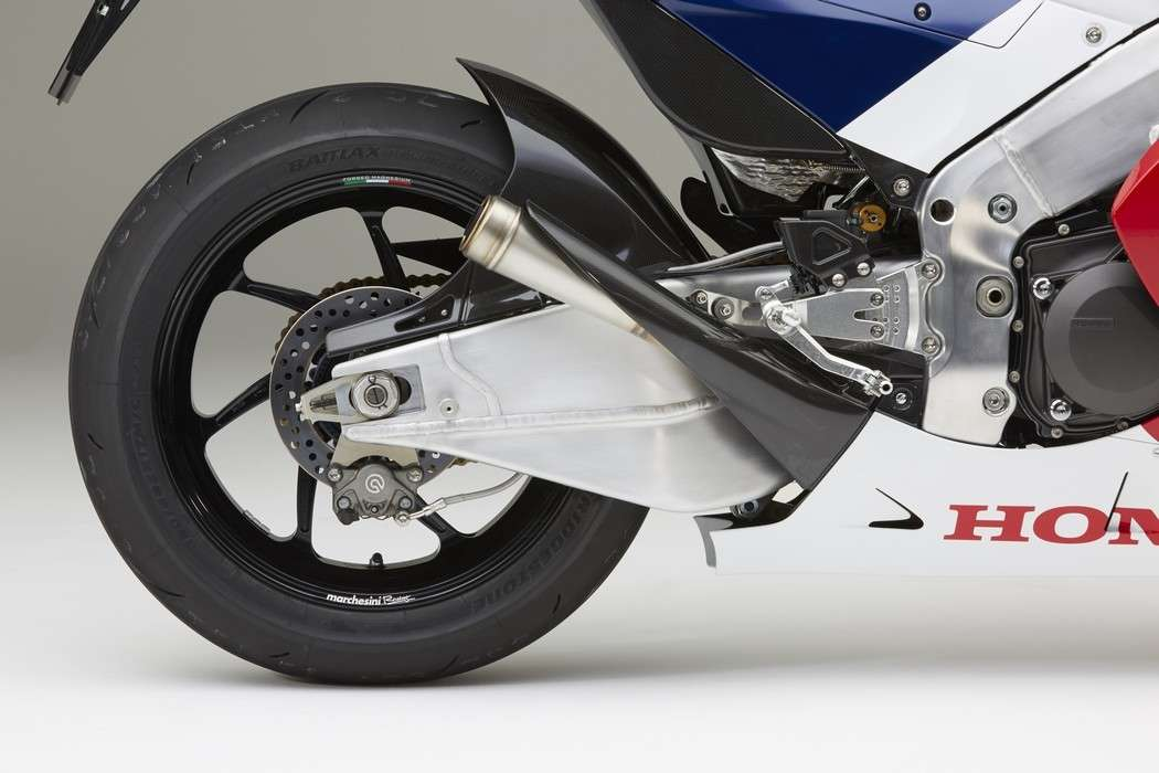 Honda RC213V-S forcellone