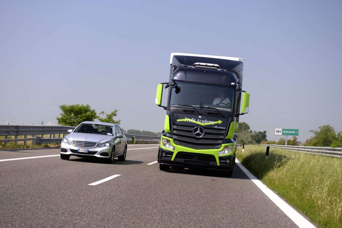 Mercedes Benz Actros sicurezza