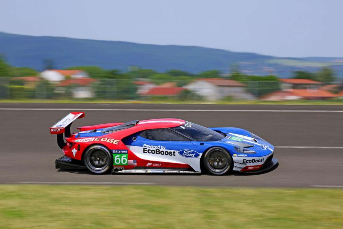 Ford GT Le Mans immagini