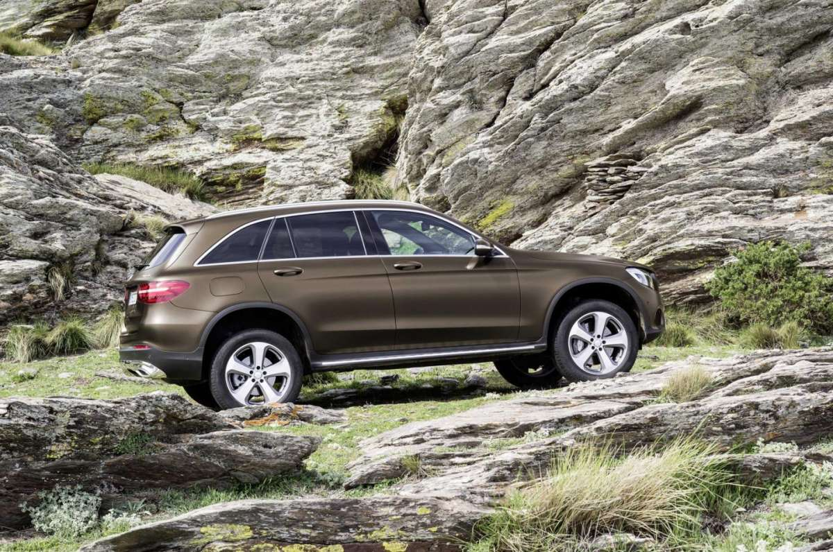 Mercedes GLC look offroad