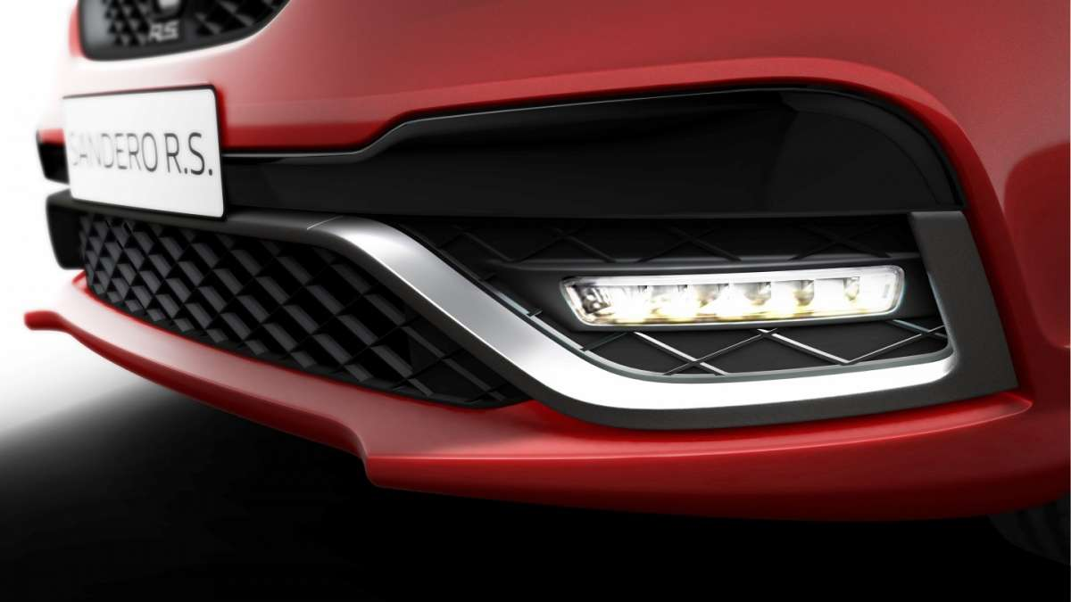 Renault Sandero RS con luci diurne a led