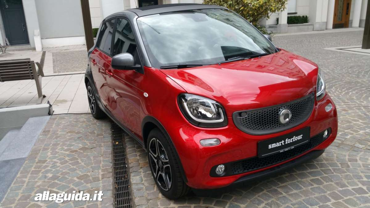 Smart forfour Twinamic rossa