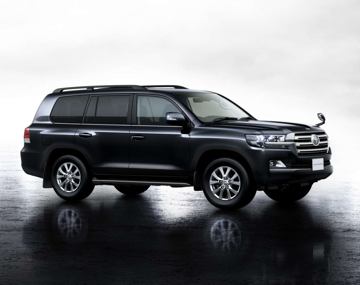 Land Cruiser 200 restyling