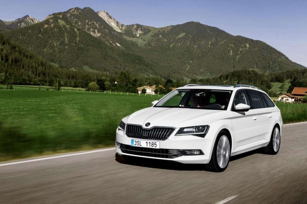 Skoda Superb Wagon al Salone di Francoforte.