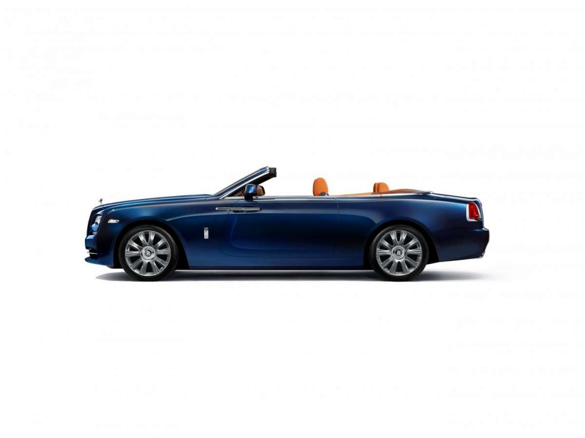 Rolls Royce Dawn dimensioni