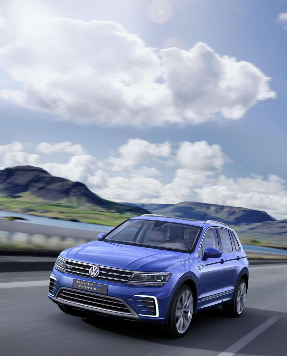 VW Tiguan 2016 hybrid plug-in
