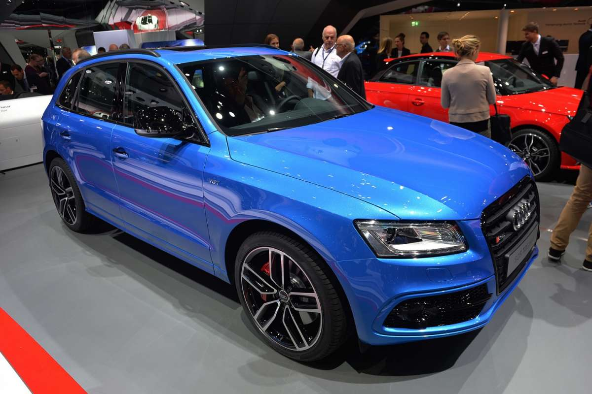 Audi SQ5 TDI Plus al Salone di Francoforte 2015