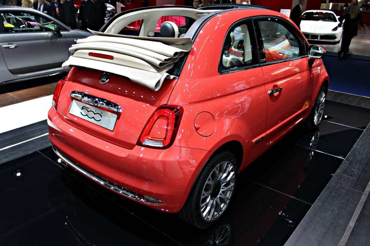 fiat 500c 2015 foto allaguida. Black Bedroom Furniture Sets. Home Design Ideas