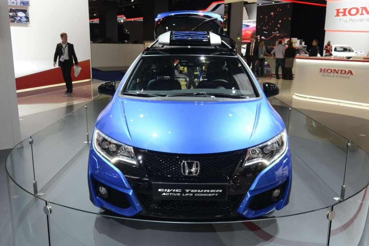 Accessori della Honda Civic Tourer Active Life al Salone di Francoforte 2015