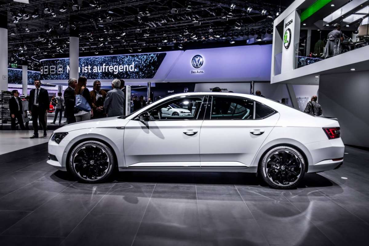 Dimensioni Skoda Superb SportLine