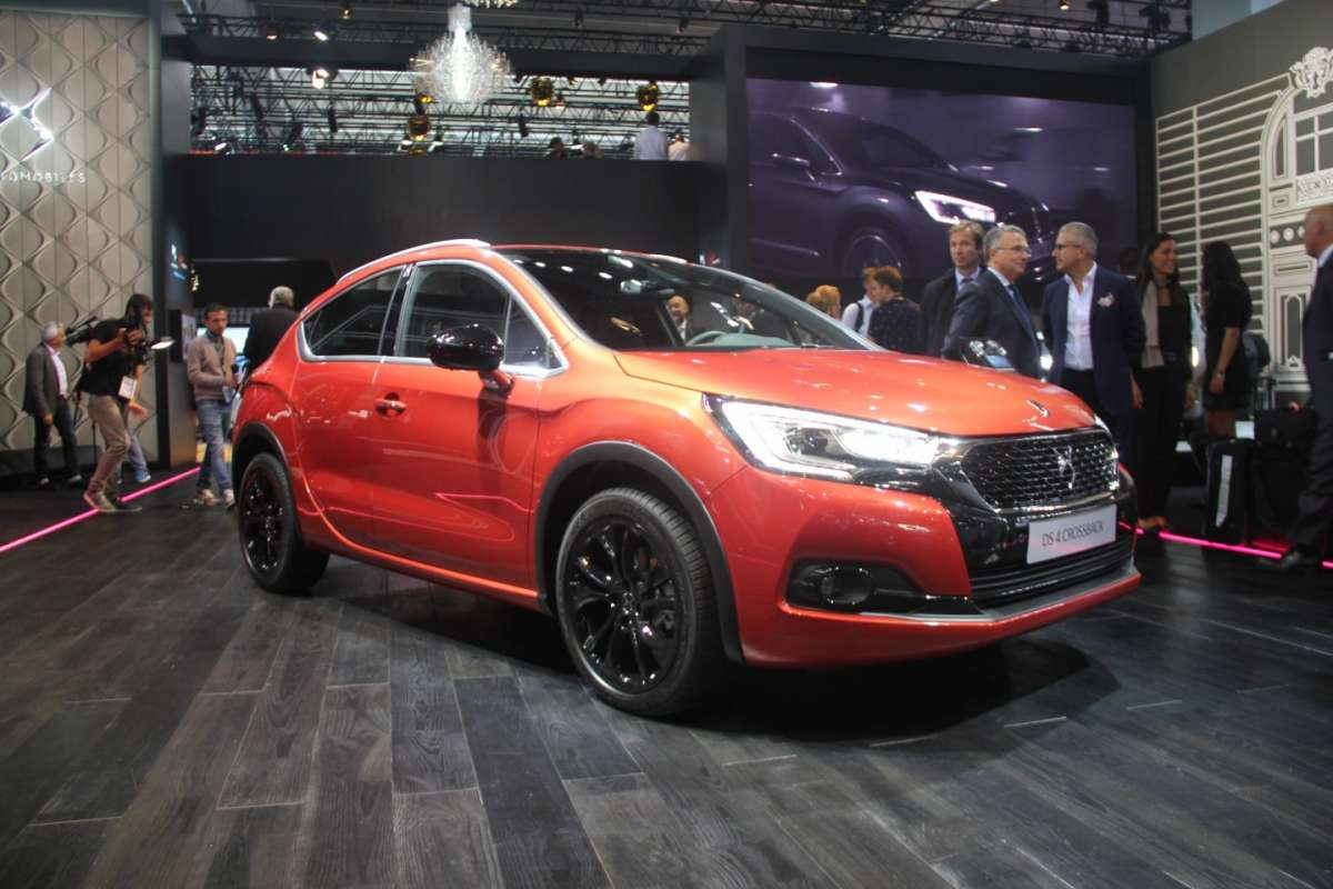 DS 4 Crossback al Salone di Francoforte 2015