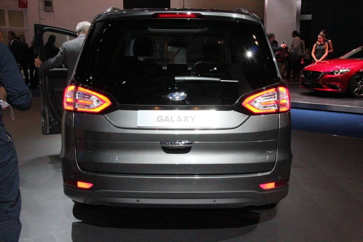 Facelift su Ford Galaxy 2015