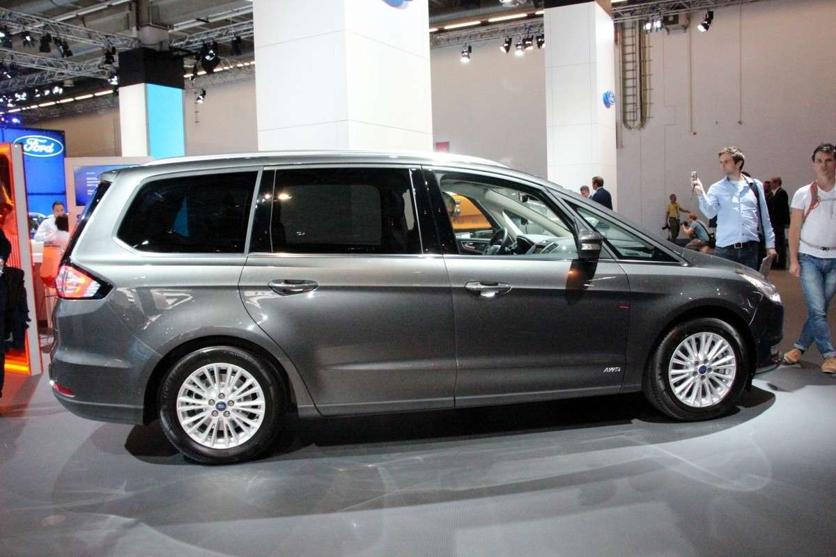 Ford Galaxy 2015 fiancata