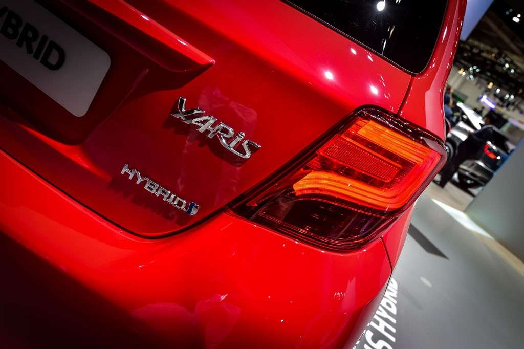 Yaris: design, bordature nere ovunque