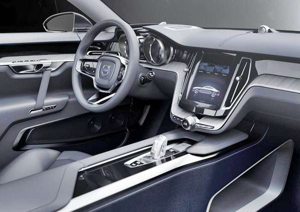 Volvo S90 2016 interni: materiali di pregio