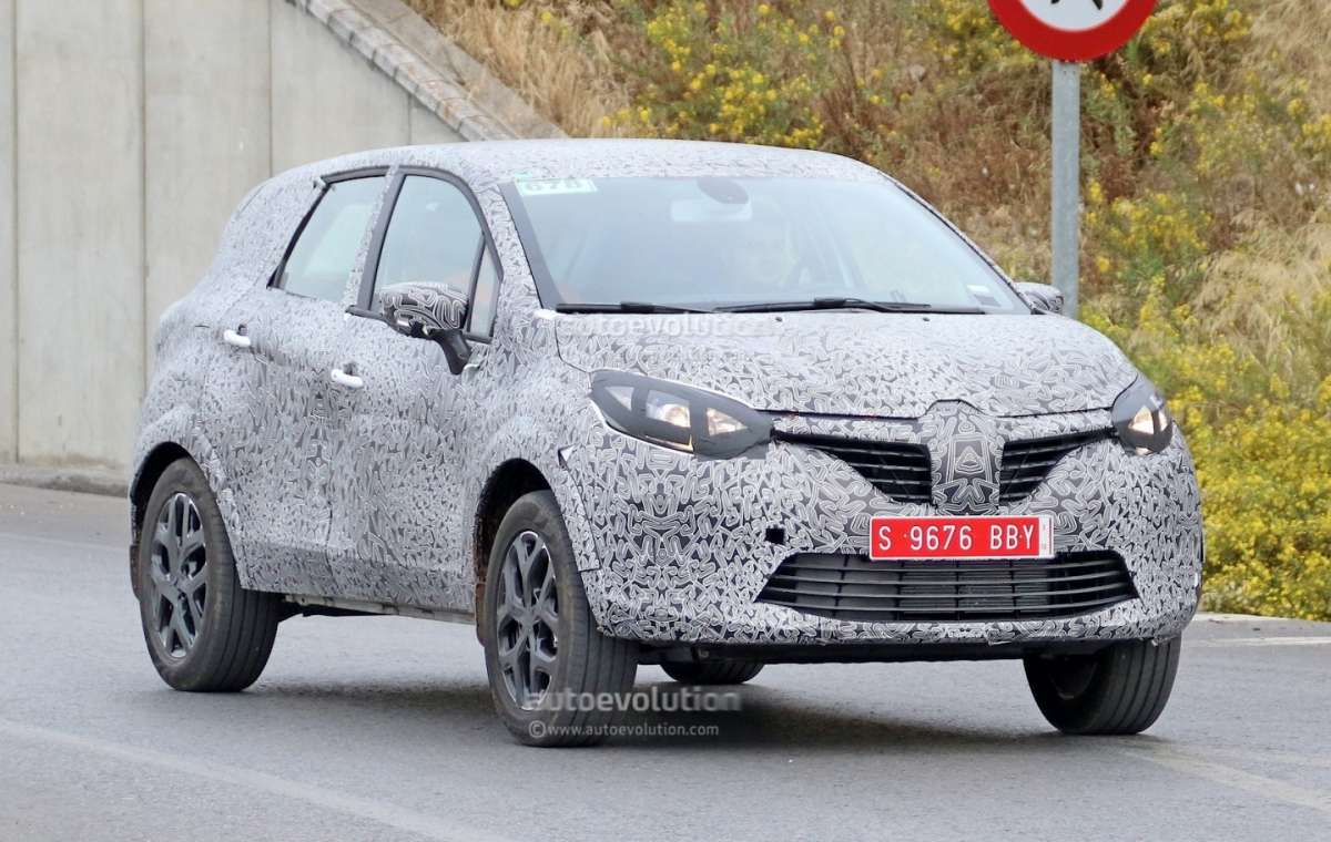 Renault Grand Captur spy