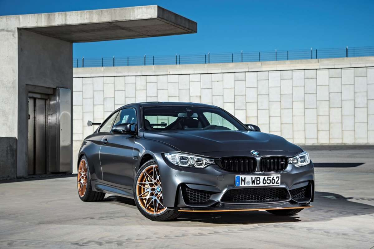 Splitter regolabile di BMW M4 GTS