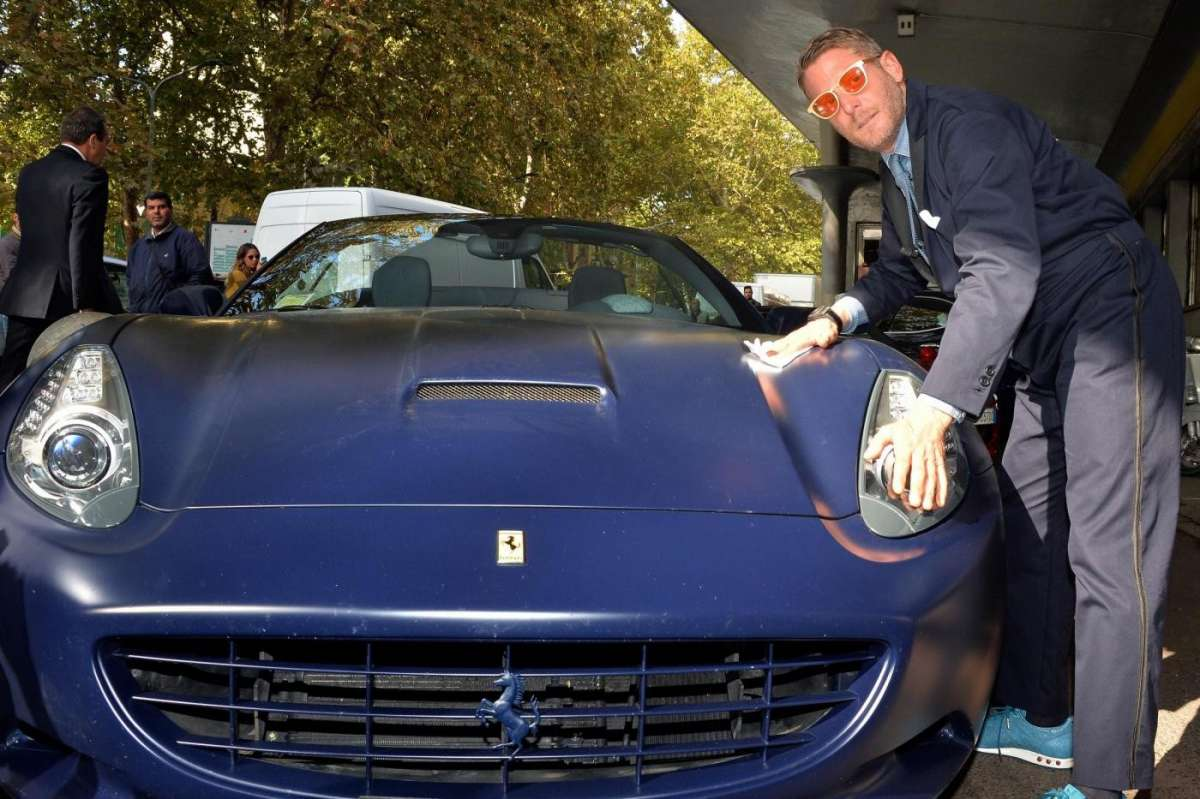 Lapo Elkann Garage Italia Customs e la California