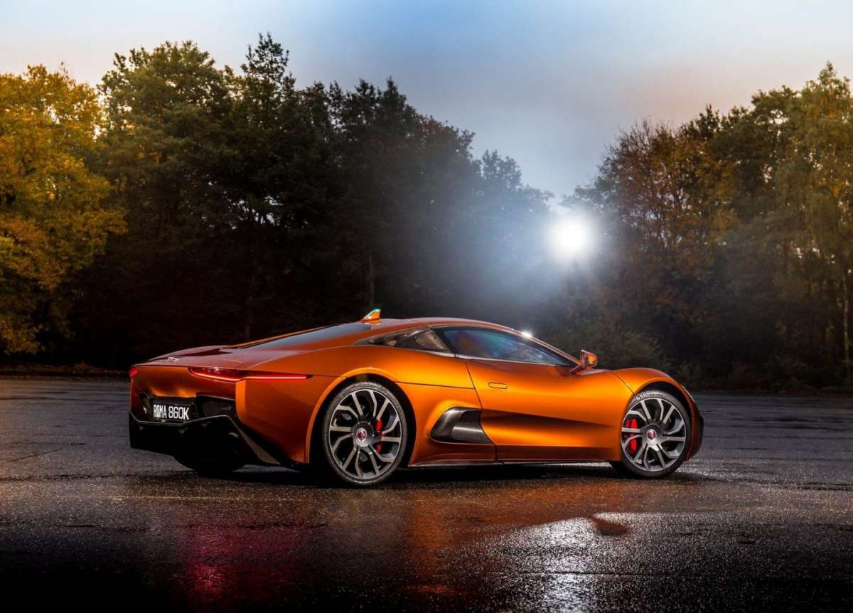 Jaguar-C-X75 Bond Concept design