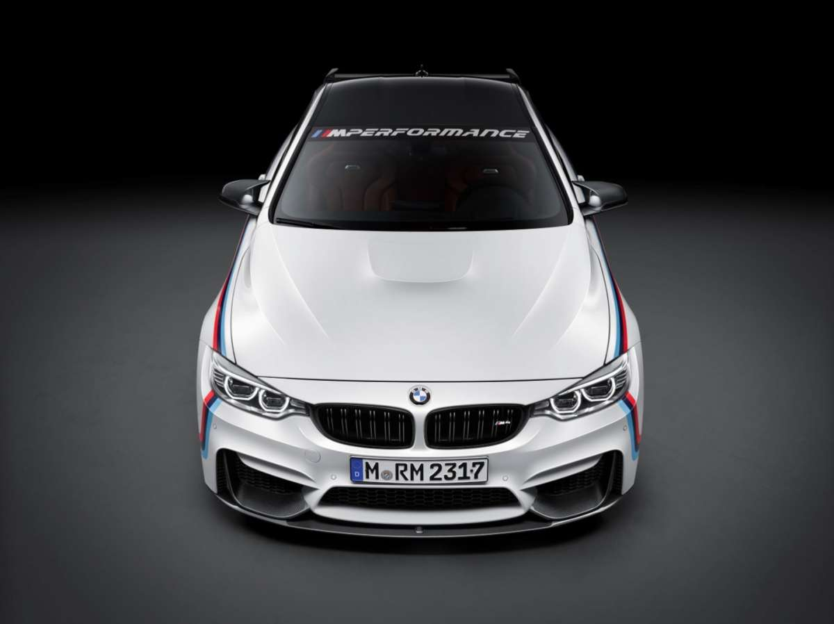 Anteriore di BMW M4 M Performance
