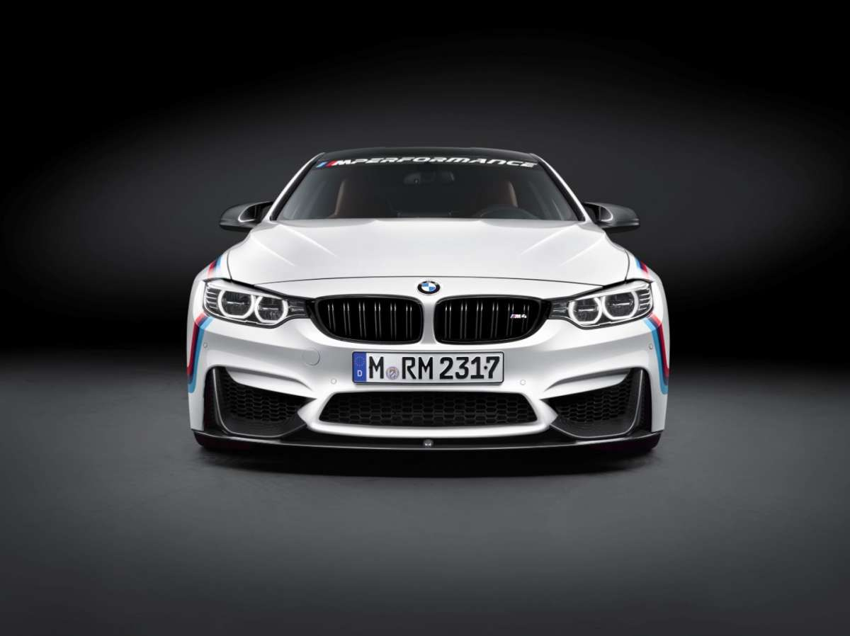Splitter e calandra di BMW M4 M Performance