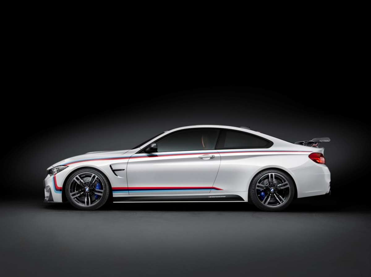 BMW M4 con accessori M Performance