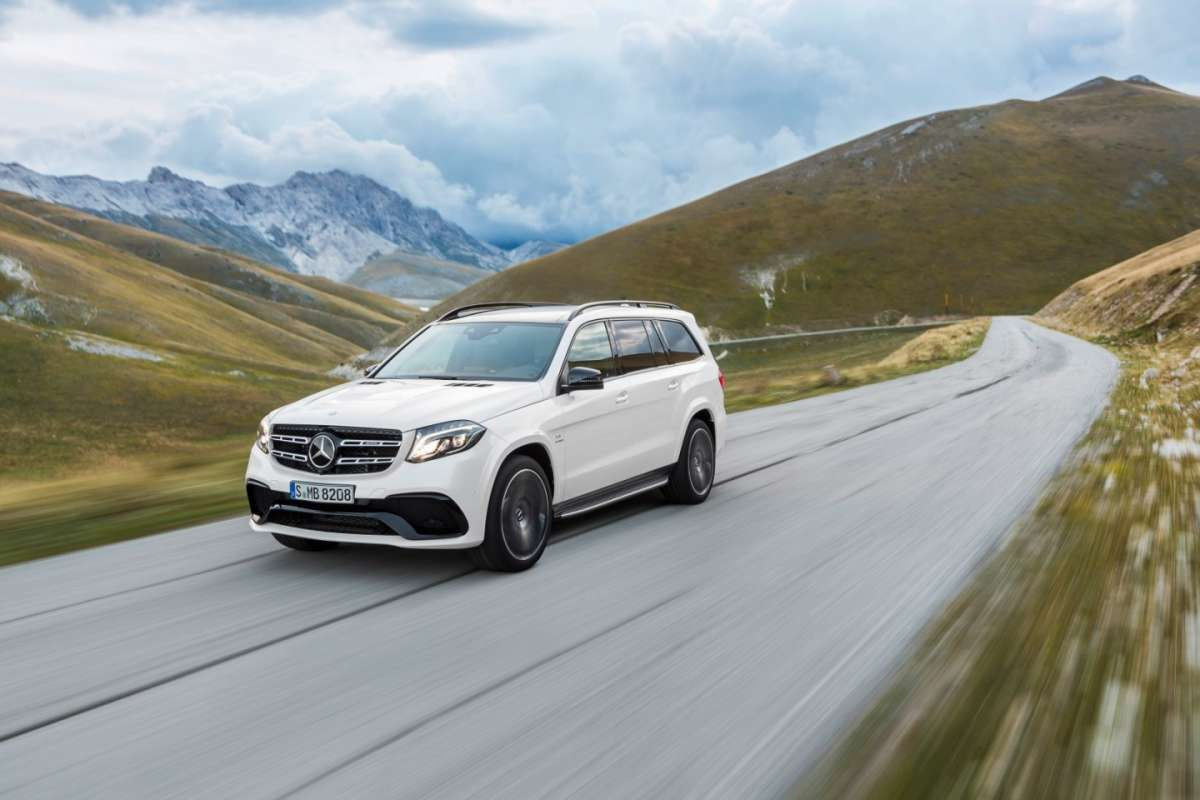 Mercedes GLS con Active Curve System