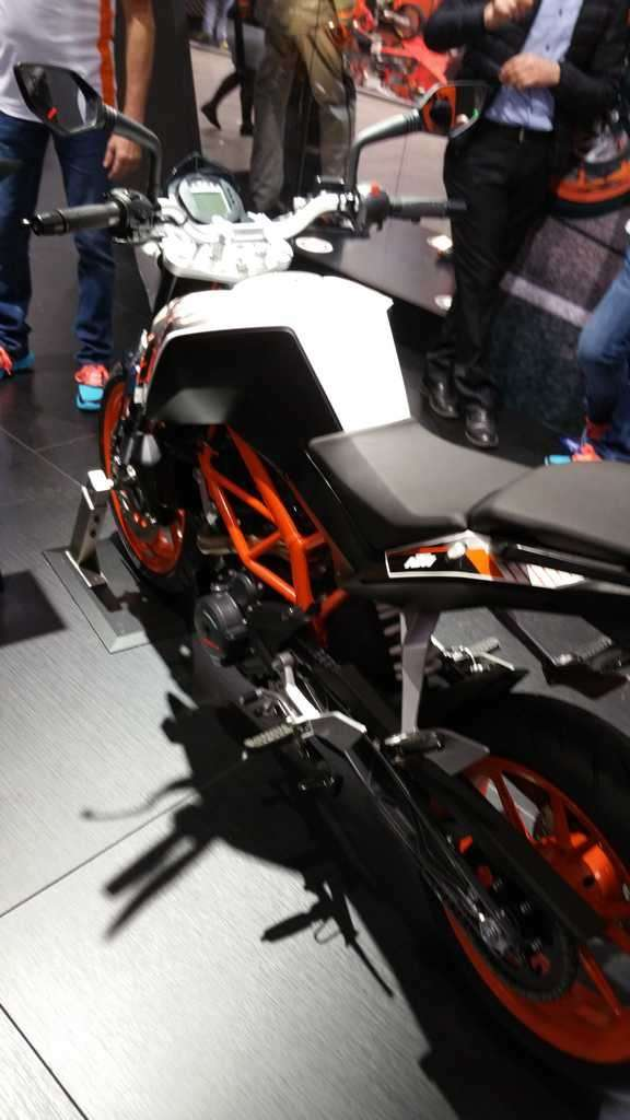 KTM 390 Duke 2016 sella