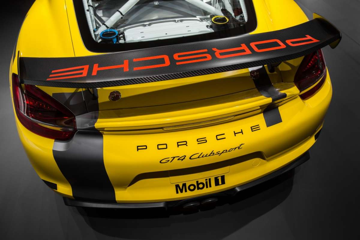 Modifiche a Porsche Cayman GT4 Clubsport