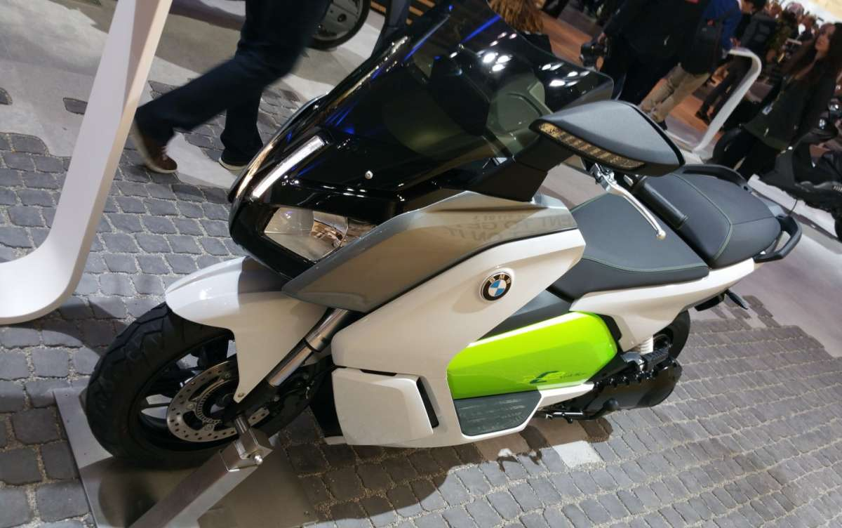 BMW C Evolution all'EICMA 2015